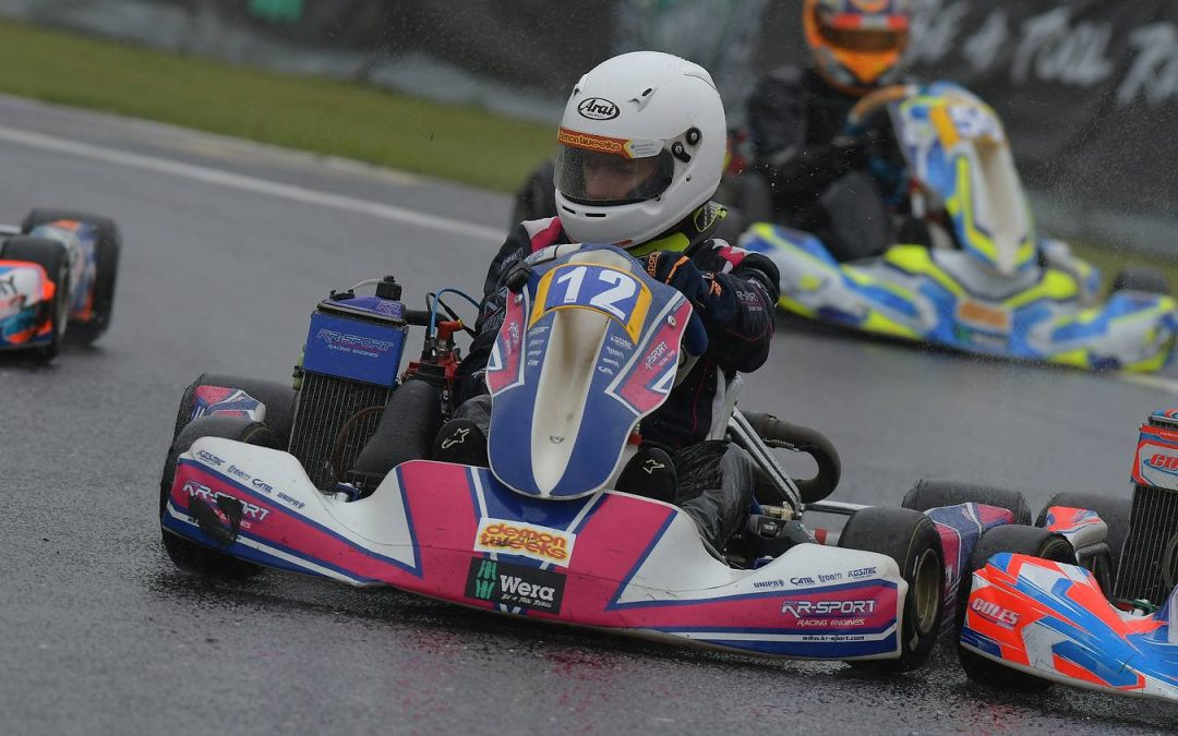 On The Apex: Why 30 karts on slicks and rain don't mix…